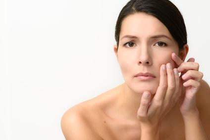 Poren im Gesicht und an der Nase verkleinern